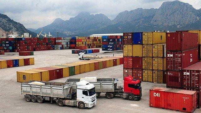 هدف گذاری صادرات 2.5 میلیارد دلاری برای خراسان رضوی در سال 97